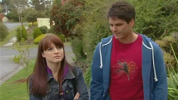 Summer Hoyland, Chris Pappas in Neighbours Episode 6228