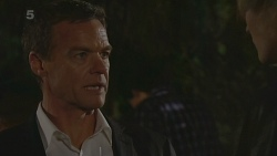 Paul Robinson in Neighbours Episode 6228