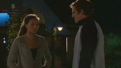 Jade Mitchell, Kyle Canning in Neighbours Episode 6229