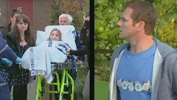 Chris Pappas, Summer Hoyland, Natasha Williams, Michael Williams in Neighbours Episode 6230