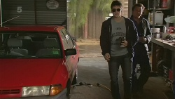Chris Pappas, Lucas Fitzgerald in Neighbours Episode 6230