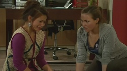 Michelle Tran, Jade Mitchell in Neighbours Episode 6231