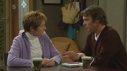 Susan Kennedy, Malcolm Kennedy in Neighbours Episode 6232