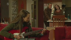 Sophie Ramsay, Paul Robinson, Kate Ramsay in Neighbours Episode 6233