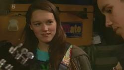 Sophie Ramsay, Noah Parkin in Neighbours Episode 6233