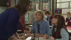Kate Ramsay, Andrew Robinson, Summer Hoyland in Neighbours Episode 6234