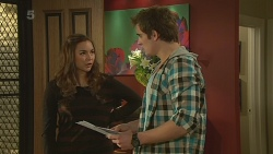 Jade Mitchell, Kyle Canning in Neighbours Episode 6236