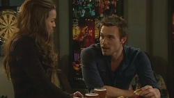 Jade Mitchell, Rhys Lawson in Neighbours Episode 6236