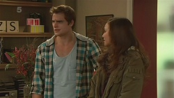 Kyle Canning, Jade Mitchell in Neighbours Episode 6236
