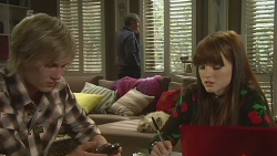 Andrew Robinson, Karl Kennedy, Summer Hoyland in Neighbours Episode 6237