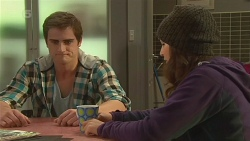 Kyle Canning, Jade Mitchell in Neighbours Episode 6237
