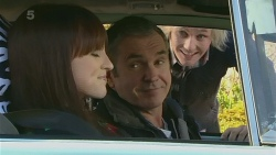 Summer Hoyland, Karl Kennedy, Andrew Robinson in Neighbours Episode 6237