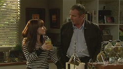 Summer Hoyland, Karl Kennedy in Neighbours Episode 6238