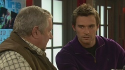 Martin Chambers, Rhys Lawson in Neighbours Episode 6239