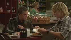 Paul Robinson, Andrew Robinson in Neighbours Episode 6240
