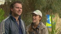 Lucas Fitzgerald, Sonya Mitchell in Neighbours Episode 6241
