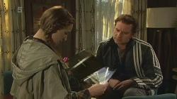 Sonya Mitchell, Lucas Fitzgerald in Neighbours Episode 6241