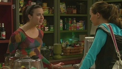 Kate Ramsay, Jade Mitchell in Neighbours Episode 6242