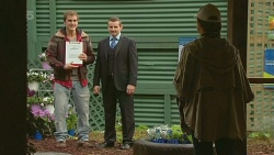 Kyle Canning, Toadie Rebecchi, Sonya Mitchell in Neighbours Episode 6242