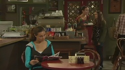 Jade Mitchell, Kate Ramsay, Sophie Ramsay in Neighbours Episode 6243