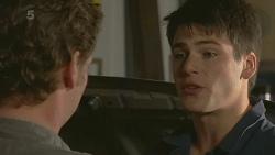 Lucas Fitzgerald, Chris Pappas in Neighbours Episode 6245