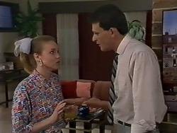 Sally Wells, Des Clarke in Neighbours Episode 0619