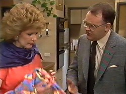 Madge Bishop, Harold Bishop in Neighbours Episode 0620