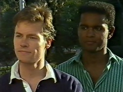 Mike Young, Pete Baxter in Neighbours Episode 0620