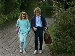 Sally Wells, Henry Ramsay in Neighbours Episode 0622