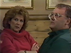Madge Bishop, Harold Bishop in Neighbours Episode 0622