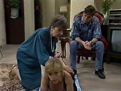 Nell Mangel, Jane Harris, Mike Young in Neighbours Episode 0625