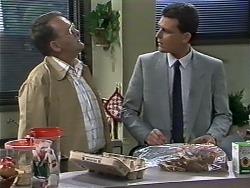 Harold Bishop, Des Clarke in Neighbours Episode 0626