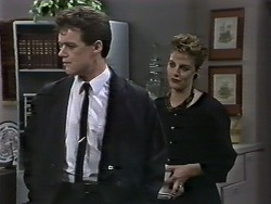 Paul Robinson, Gail Robinson in Neighbours Episode 0626