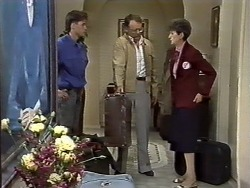 Mike Young, Harold Bishop, Nell Mangel in Neighbours Episode 0626