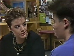 Gail Robinson, Mike Young in Neighbours Episode 0626