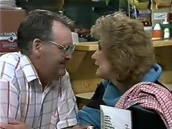Harold Bishop, Madge Bishop in Neighbours Episode 0626