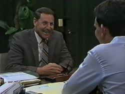 Malcolm Clarke, Des Clarke in Neighbours Episode 0627