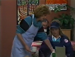 Madge Bishop, Henry Ramsay in Neighbours Episode 0627