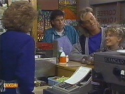 Madge Ramsay, Mike Young, Scott Robinson, Charlene Robinson in Neighbours Episode 0628