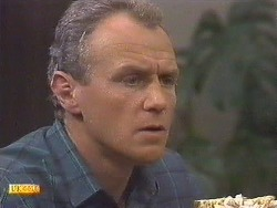 Jim Robinson in Neighbours Episode 0629