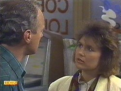Jim Robinson, Beverly Marshall in Neighbours Episode 0629