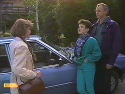 Beverly Marshall, Lucy Robinson, Jim Robinson in Neighbours Episode 0630