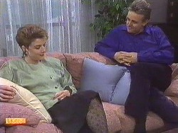 Gail Robinson, Glen Matheson in Neighbours Episode 0630