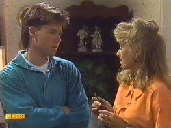 Mike Young, Jane Harris in Neighbours Episode 0630