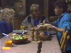 Charlene Robinson, Scott Robinson, Mike Young in Neighbours Episode 0630
