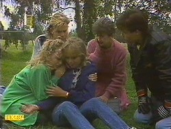 Charlene Mitchell, Scott Robinson, Jane Harris, Nell Mangel, Mike Young in Neighbours Episode 0630