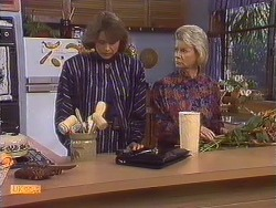 Beverly Marshall, Helen Daniels in Neighbours Episode 0631