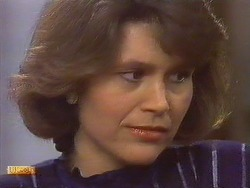 Beverly Marshall in Neighbours Episode 0631