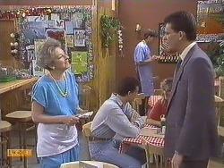 Eileen Clarke, Mike Young, Des Clarke in Neighbours Episode 0633