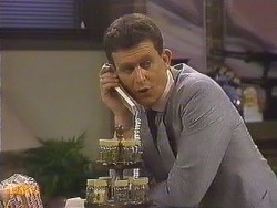 Des Clarke in Neighbours Episode 0635